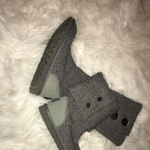 Cozy sweater- knit boot